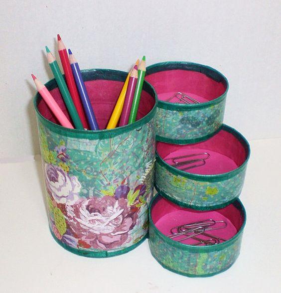 suport din conserva pentru creioane