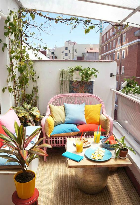 balcon colt cafea