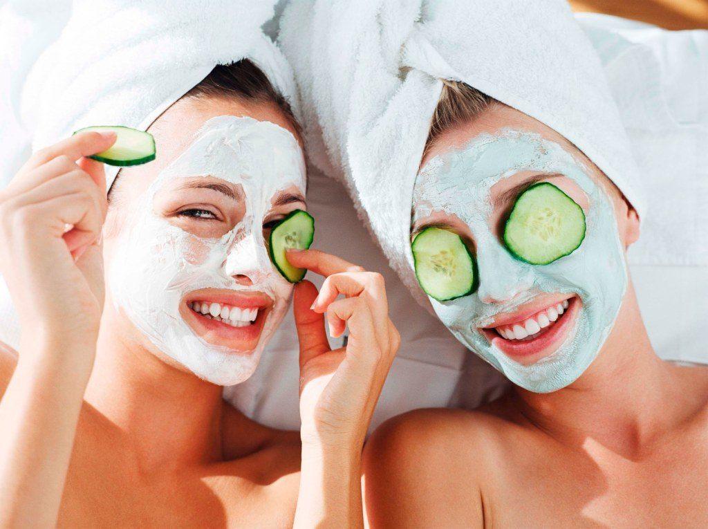 Beauty Tips&Tricks: 5 SECRETE de îngrijire a pielii vara