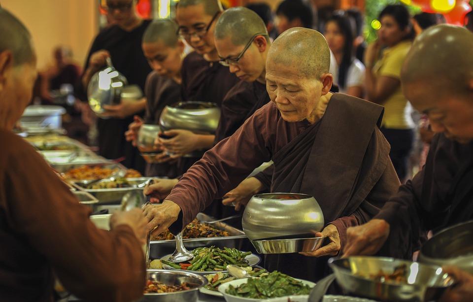 dieta budistă