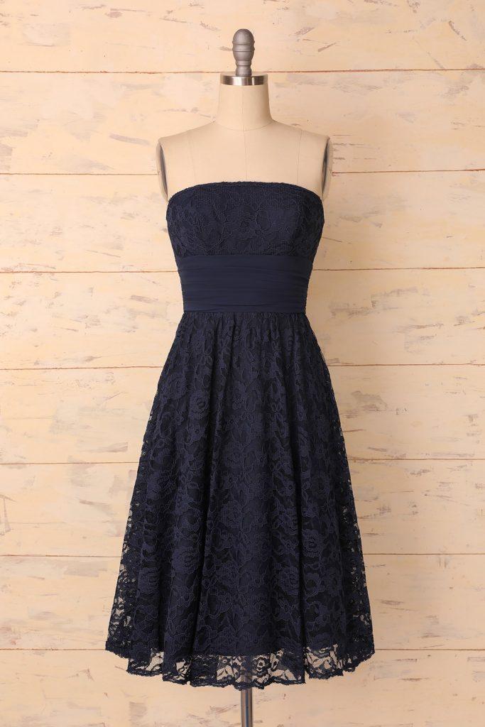 rochie retro neagră din dantelă
