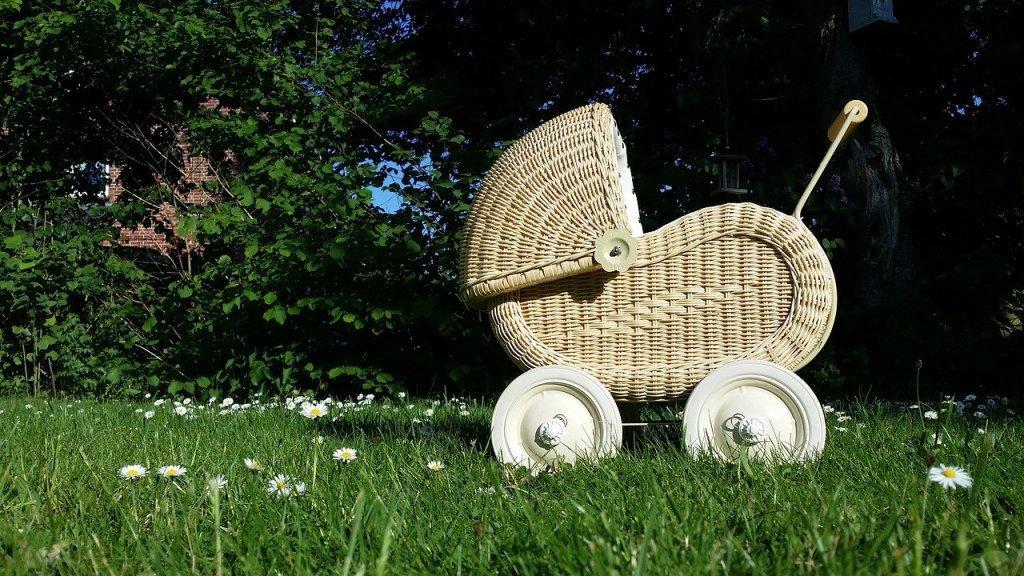 cărucior bebe